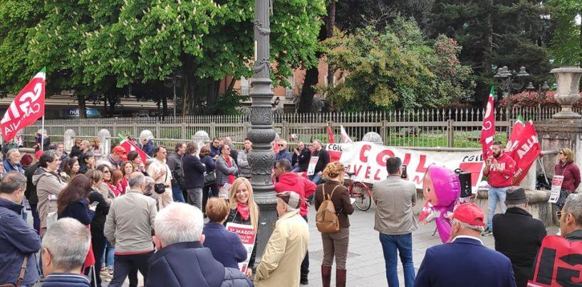 """FOTO/ Primo Maggio, Cgil in piazza da sola. Fiordellisi: """"Basta precariato"""""""