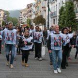 """FOTO/ La marcia dei Commercianti a sostegno di Preziosi: """"La priorità è sospendere il blocco auto"""""""