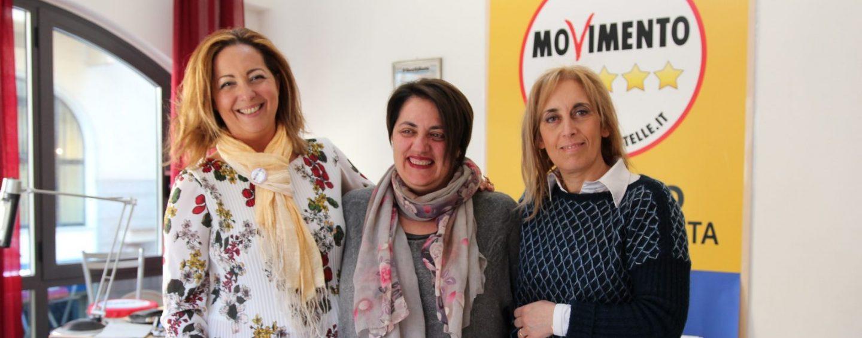 """Movimento 5 Stelle, tre insegnanti a sostegno di Picariello: """"Ecco le nostre proposte per la scuola"""""""