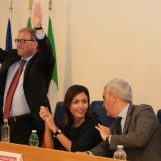 """VIDEO/ Mara Carfagna in città: """"Preziosi l'uomo giusto per Avellino. La Lega? Con i 5 Stelle dà il peggio di sé"""""""