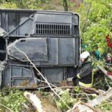 Si ribalta un bus turistico, a Siena un morto e diversi feriti