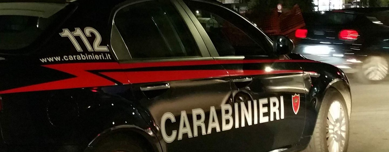Rapine e furti da finti carabinieri: sgominata banda a Napoli