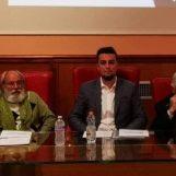 """""""Siamo No Vax"""" al Santa Chiara di Avellino. Fiore: """"Pericoloso portare quelle idee in una scuola"""""""