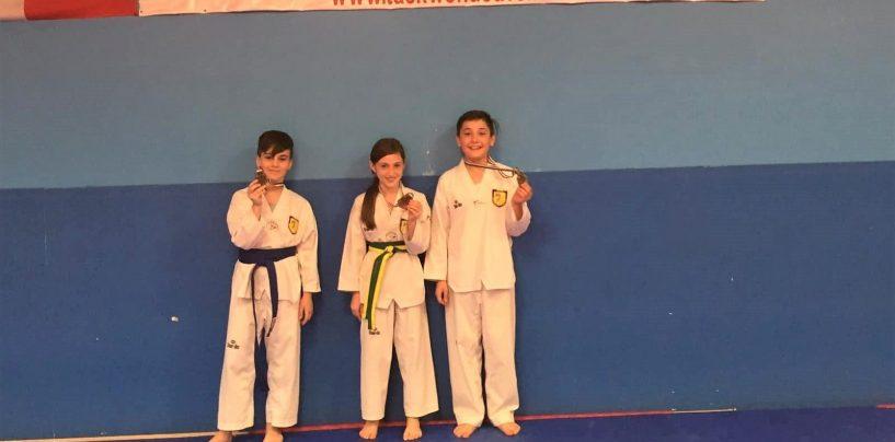 I piccoli guerrieri del Taekwondo Avellino conquistano tre bronzi