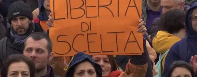 Il movimento NO VAX sbarca ad Avellino e si candida alle regionali