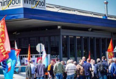Whirlpool, domani lavoratori in piazza a Roma. C'è anche l'indotto irpino, la Provincia mette a disposizione due pullman