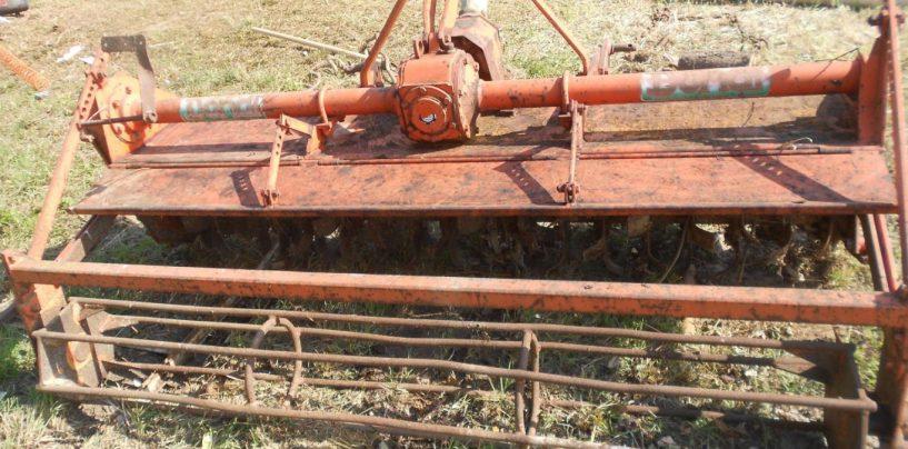 Tragedia nei campi: 61enne muore travolto da una fresa agricola
