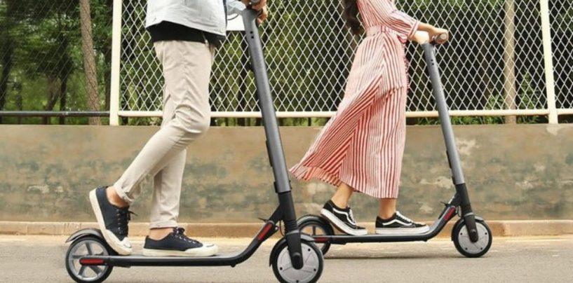 Monopattini elettrici, il ministro Toninelli firma il decreto sulla micromobilità
