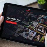 L'intrattenimento scorre sul web tra serie tv, giochi e social