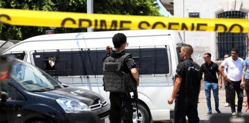 Tunisi, due attacchi kamikaze in centro: muore un poliziotto