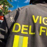 Incendio in un'abitazione a Lioni, determinante l'intervento dei Caschi Rossi