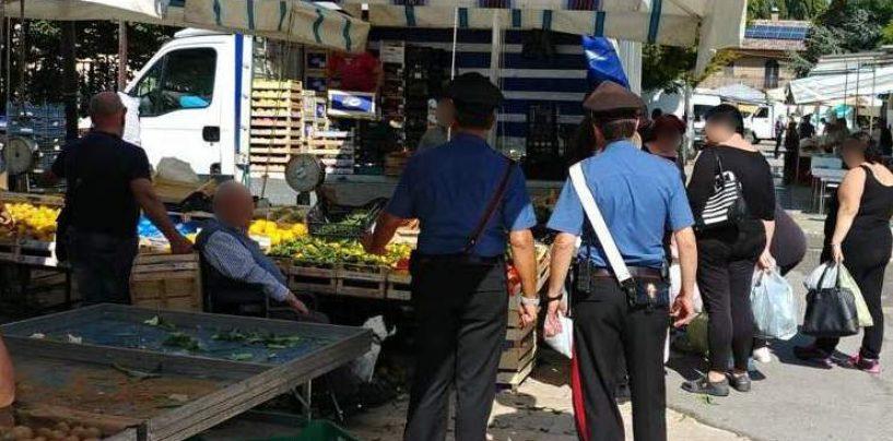 Blitz dei Carabinieri nel mercato di Atripalda: sequestrati alcol e pesce