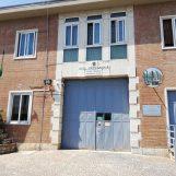 Carcere di Avellino, detenuto aggredisce tre agenti di polizia penitenziaria. L'allarme del sindacato