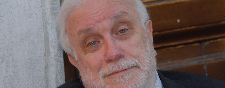 Lutto cittadino a Napoli per l'ultimo saluto al professor Bellavista