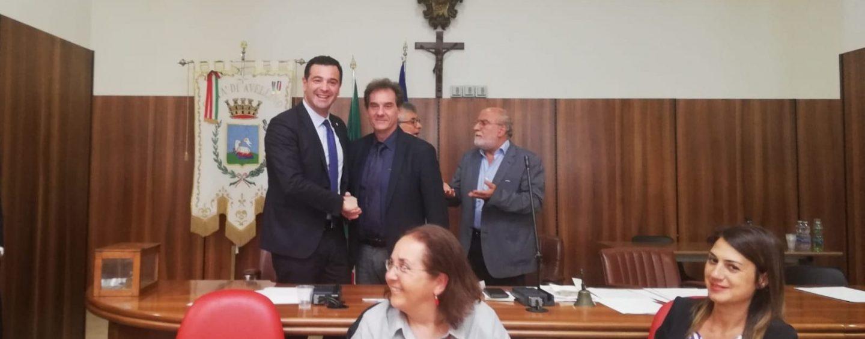 Consiglio, Maggio presidente alla prima votazione. Dieci le schede bianche