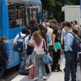 Trasporto gratuito per gli studenti campani, la Regione finanzia la campagna abbonamenti