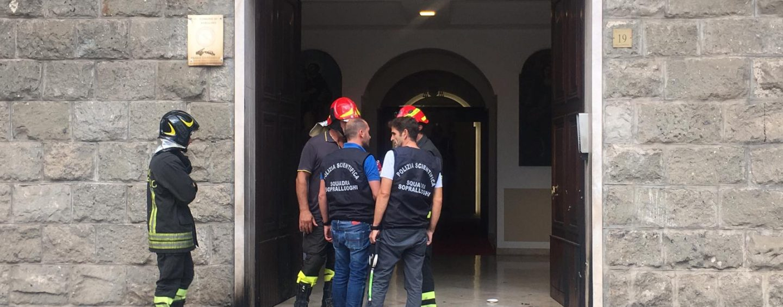 """Esplosione al Vescovado, dalla Diocesi: """"Il Vescovo sta bene, grazie a istituzioni e cittadini"""""""