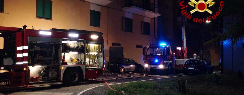 In fiamme appartamento a Borgo Ferrovia: arrivano i Vigili del Fuoco