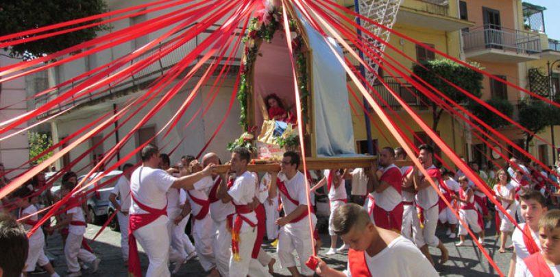 Battenti di Santa Filomena, si accascia a terra e muore: choc a Mugnano
