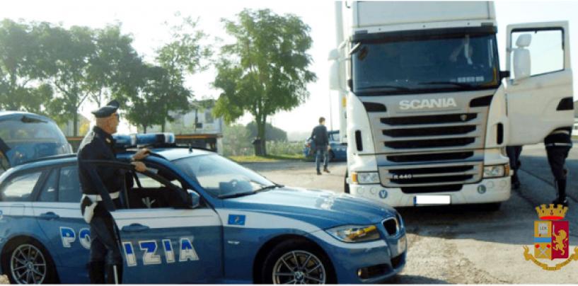 Viaggiava ubriaco e con una pistola in tasca: arrestato autista di camion