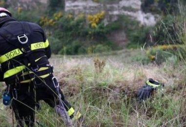 Neonato morto nella scarpata ucciso da un ramo di 30 centimetri. Funerali, sarà lutto cittadino a Quadrelle