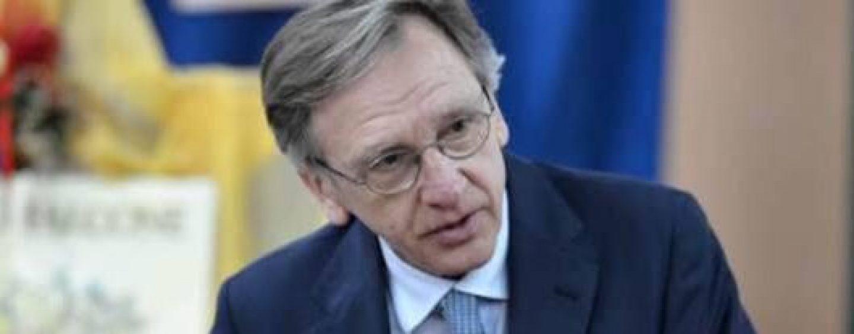 Incendio Avellino, il procuratore Cantelmo sul luogo del disastro