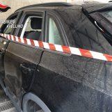 Bomba in auto, la vittima: sono sceso, poi l'esplosione