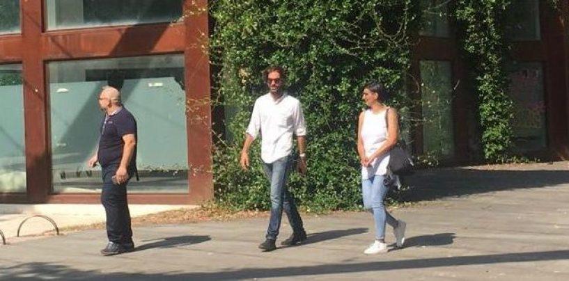 """FOTO/ Casetta di Vetro di Piazza Kennedy, firmato il contratto di gestione. Luongo: """"Finalmente ci siamo"""""""