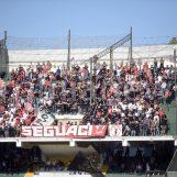 Avellino-Bari, bomba carta dal settore ospiti: arriva l'ammenda