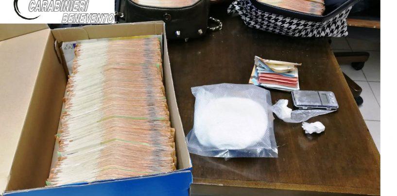Scoperta una centrale di spaccio: oltre 160 grammi di cocaina sequestrati