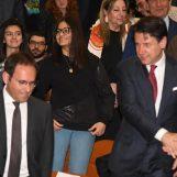 """VIDEO/ Conte visita il """"Cimarosa"""", Cipriano: """"Un'eccellenza della nostra città, grati al Premier"""""""