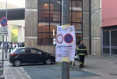 FOTO/ E' il Conte-day in Irpinia. Piazza Castello off-limits, tutte le tappe del Presidente del Consiglio
