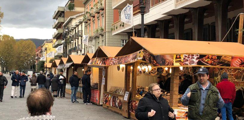 """Avellino si riscopre più """"dolce"""": buona la prima per la festa del cioccolato"""