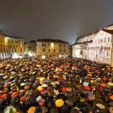"""""""Siamo tutti sardine"""": Iannace plaude ai ragazzi di Bologna"""