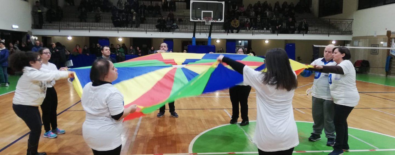 """FOTO / Ballerini, cantanti e cestisti: il regalo dei disabili alla città. """"Avellino oltre lo sport"""" centra l'obiettivo"""