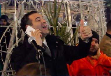 VIDEO/ Ipermediale, interattivo e intelligente: bagno di folla ad Avellino per l'accensione di Smarty