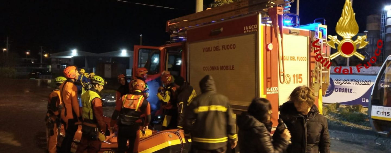 Piazza completamente divelta, centro storico evacuato: la furia del maltempo sconvolge San Martino Valle Caudina