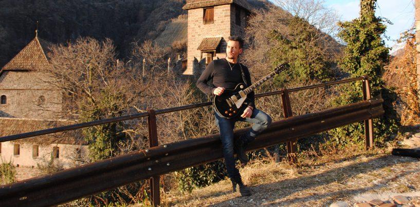 """""""Inside The Castle"""", primo album del chitarrista irpino-bolzanino Francesco Montanile"""