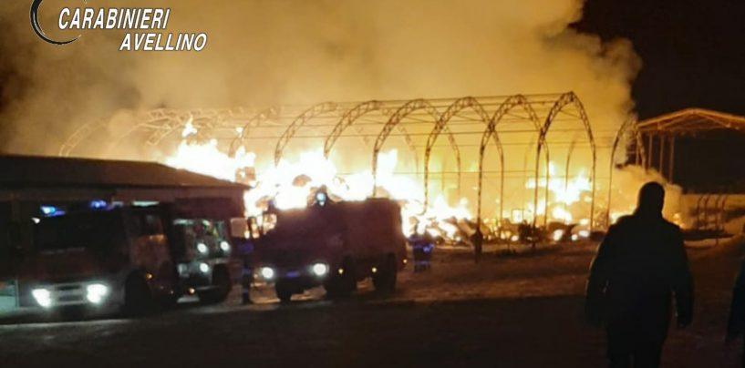 Ariano Irpino, incendio in azienda agricola: indagano i carabinieri