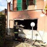 Lioni, incendio in un'abitazione: ustioni per un 80enne