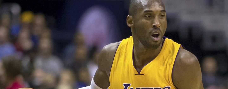 Basket mondiale sotto shock: morta la leggenda Kobe Bryant