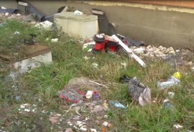Video / Reportage Periferie, alcune zone della città bersaglio di inciviltà e incuria