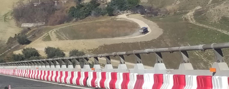 """Sequestri barriere, il Gip boccia Autostrade: """"Doppia corsia aumenta rischio incidenti"""""""