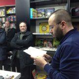 Avellino piange il libraio con la L maiuscola, un raffinato uomo di cultura: addio Tonino Petrozziello