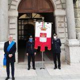 Qui Piazza Libertà, l'Irpinia prega per le vittime del Covid-19