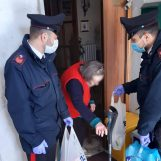 Sola e senza cibo, a Montemiletto i carabinieri assistono un'anziana