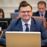 """In arrivo medici e infermieri dall'Ucraina, il ministro Kuleba: """"Da bambino ho vissuto ad Avellino"""""""