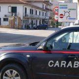 In auto con un coltello a serramanico nascosto nel giubbino: denunciato