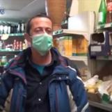 Video/Regalano frutta ai bisognosi, la solidarietà irpina al tempo del Coronavirus