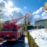 VIDEO/ Neve in Irpinia, Vigili del Fuoco impegnati sul territorio per la rimozione di alberi e rami